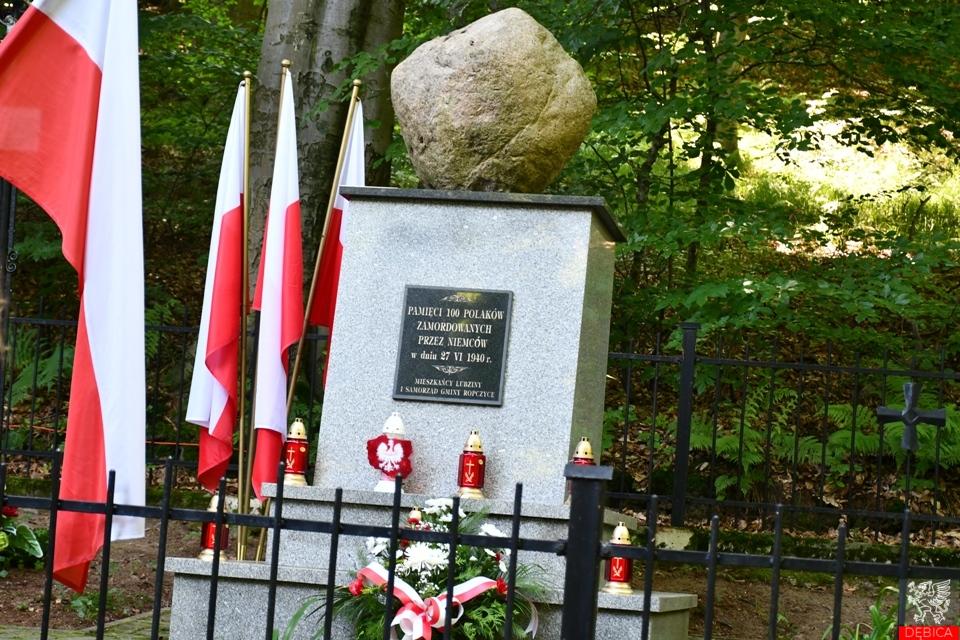 Uczcili pamięć pomordowanych w lubzińskim lesie
