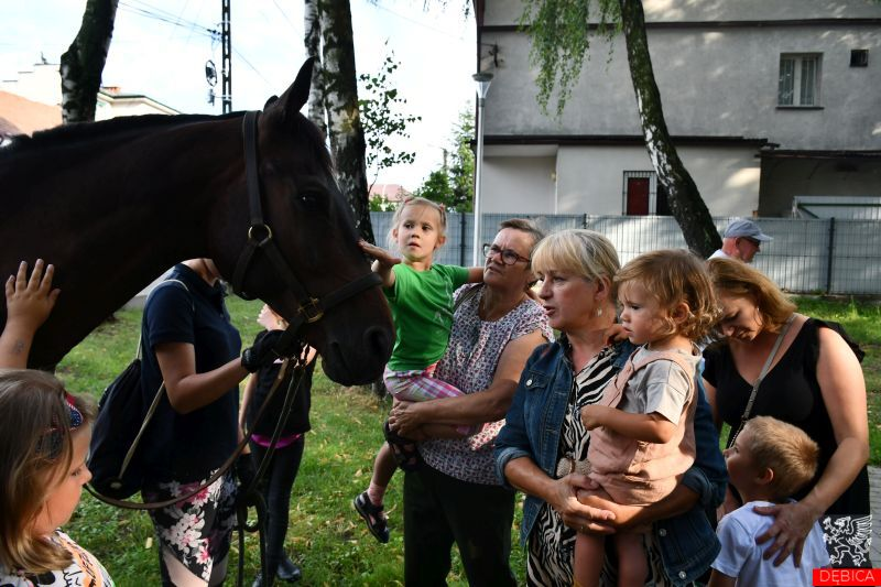 """Radosne i patriotyczne spotkanie w Parku """"Sokoła"""""""